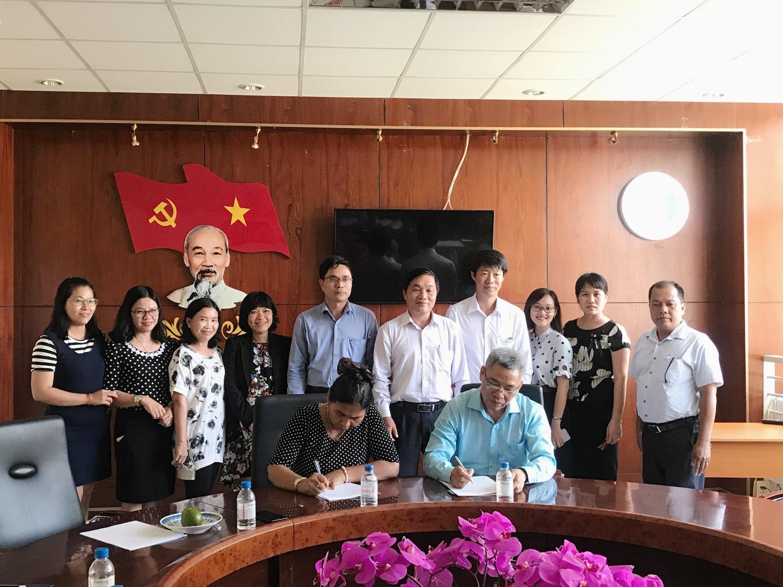 Lễ ký kết hợp tác giữa Phân Viện Chăn Nuôi Nam Bộ và trường Đại Học Trà Vinh